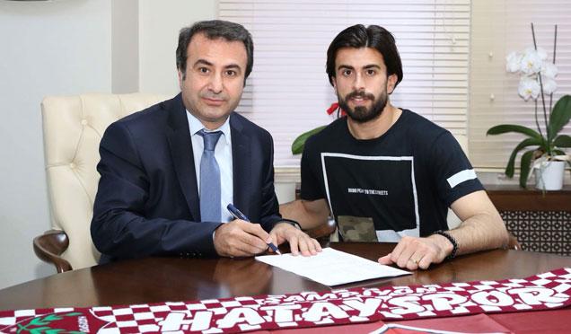 Türkiye Liglerinin en az gol yiyen kalecisi imzayı attı