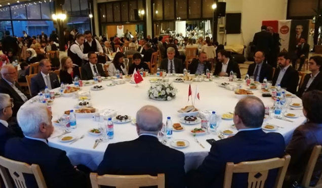 Hatay Birlik Vakfı üyeleri Ankara'da iftarda buluştu