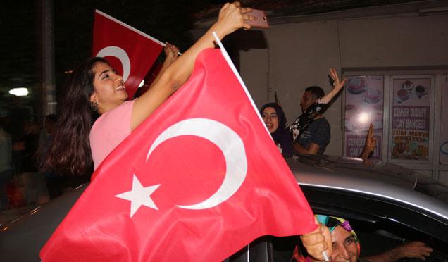 Hatay'da 24 Haziran seçim kutlamaları VİDEO