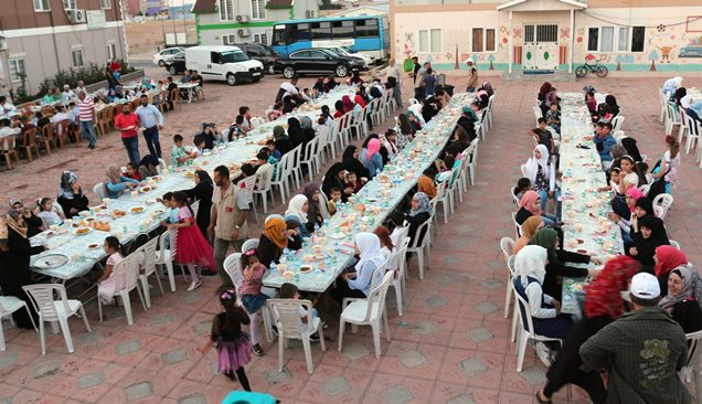 Türkiye Un Sanayicileri Federasyonundan yetimlere iftar