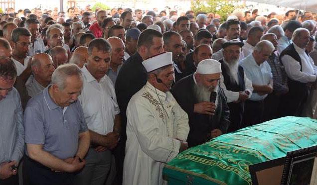 Hayırsever iş adamı Fahri Öksüz son yolculuğuna uğurlandı