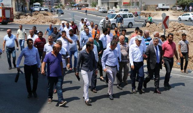 Karayolları Bölge Müdürü Hatay'da yapımı devam eden yolları inceledi