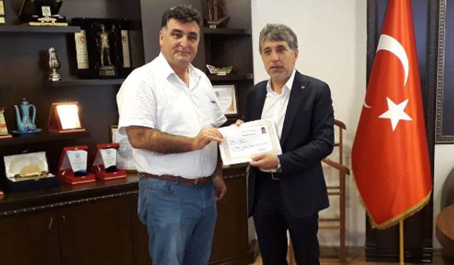 Belediye Kurum Müdürlerine başarı belgesi