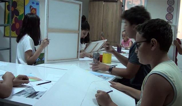Antakya'da ücretsiz resim kursları devam ediyor