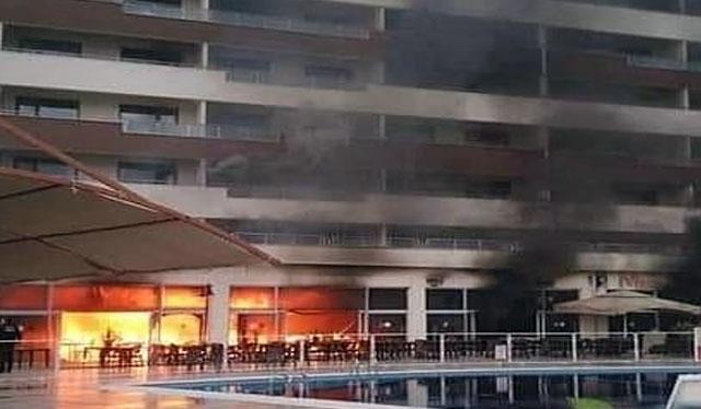 Valilik; Yangın dumandan etkilenen 20 kişi hastaneye kaldırıldı