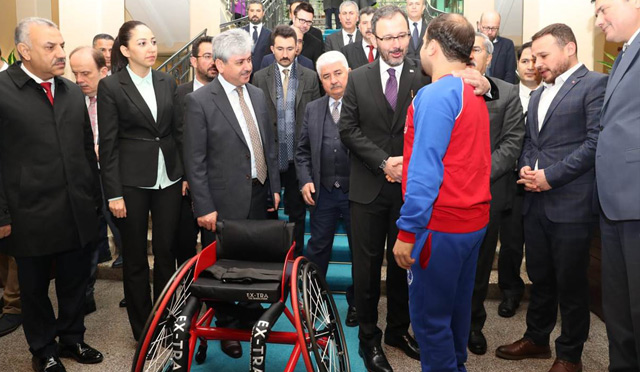 Gençlik ve Spor Bakanı Kasapoğlu Hatay'da