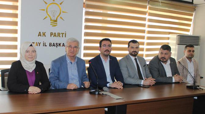 Ak Parti'nin yeni Başkanı Yeloğlu Partililerle Buluştu