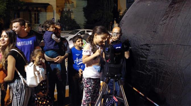 Kırıkhan'da Uzay Çadırı Kurulup Ay Gözlemi Yapıldı