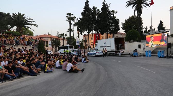 Vatandaşlara Fınal-Four Sürprizi