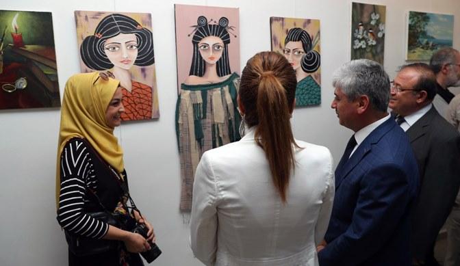 Antakya'da yılsonu sergisi açıldı