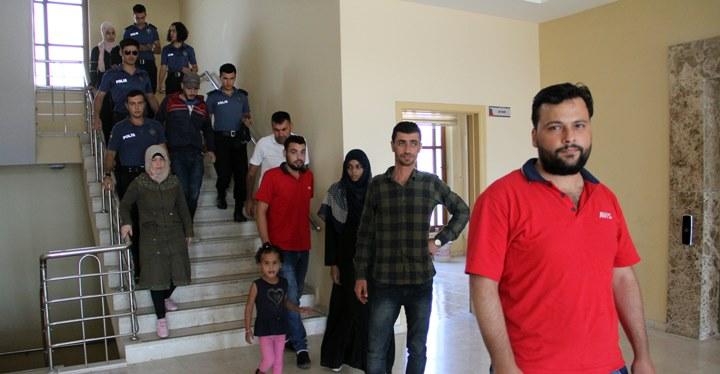 Hatay'da 10 düzensiz göçmen yakalandı