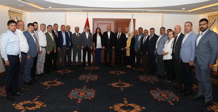 Bakan Soylu Ak Parti Belediye Başkanlarıyla bir araya geldi