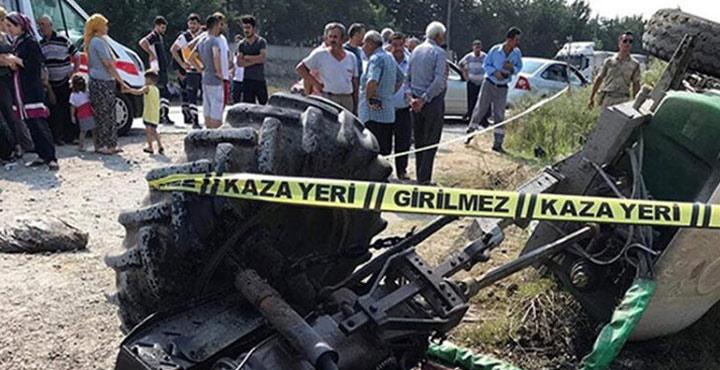 Yük treni traktöre çarptı; 1 ölü, 1 yaralı
