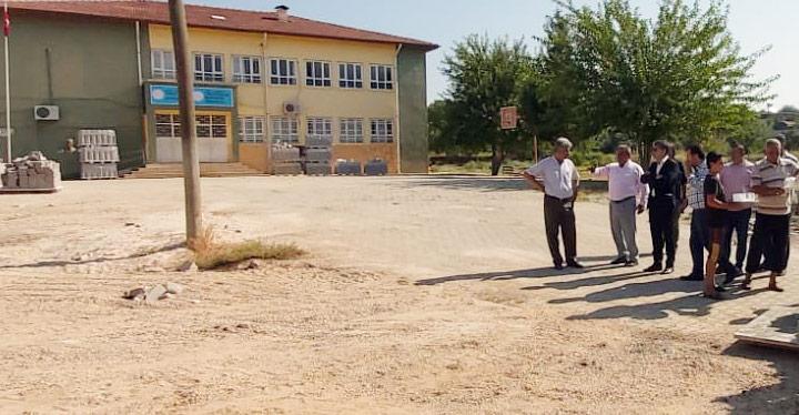 Kırıkhan'da okul bahçeleri yeniden düzenlendi