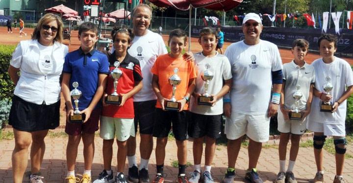 Hataylı genç tenisçi Türkiye şampiyonu