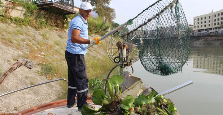Asi Nehri'nde Temizlik Çalışmaları Devam Ediyor