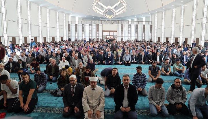 MKÜ kampüste Hacı Mehmet Alkan Camii açılışı yapıldı