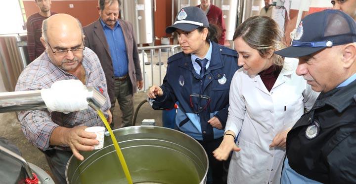 Hatay'daki Zeytin yağı fabrikaları denetlendi
