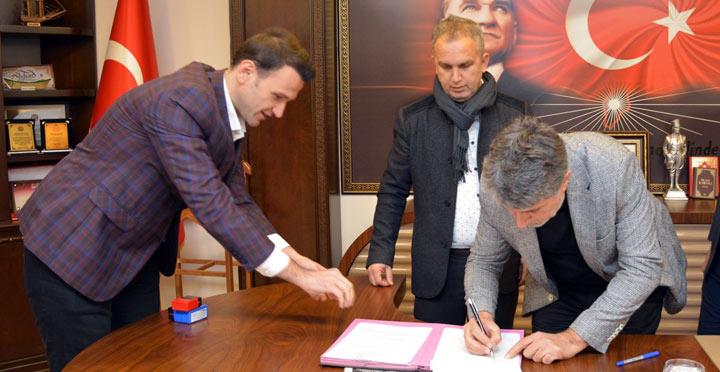 Kırıkhan'da sıfır atık projesi sözleşmesi imzalandı