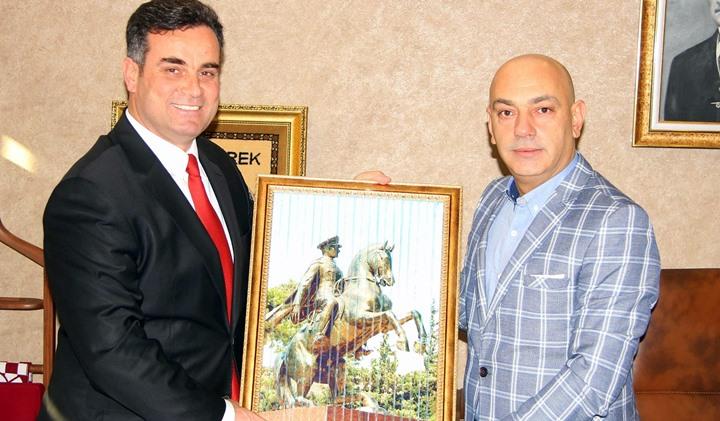 Başkan Mehmet Deli'den Kutlama Ziyareti