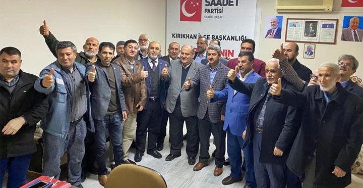 Saadet İlçe Başkanları Kırıkhan'da Toplandı