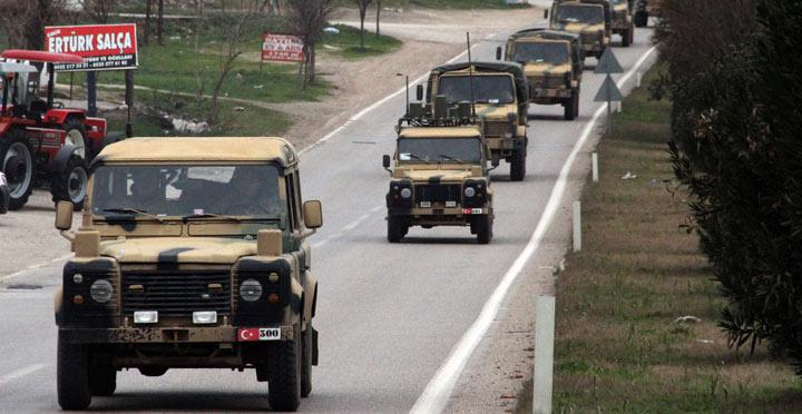 Suriye sınırında askeri hareketlilik devam ediyor
