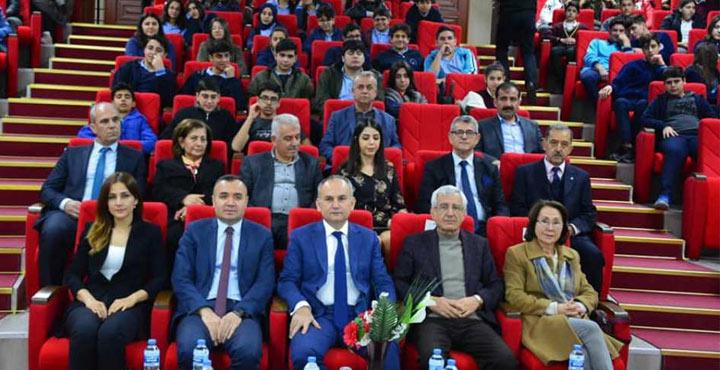 Arsuz'da Sosyal Medya Yeni Nesil Suç Mahalli Olmamalı Konferansı