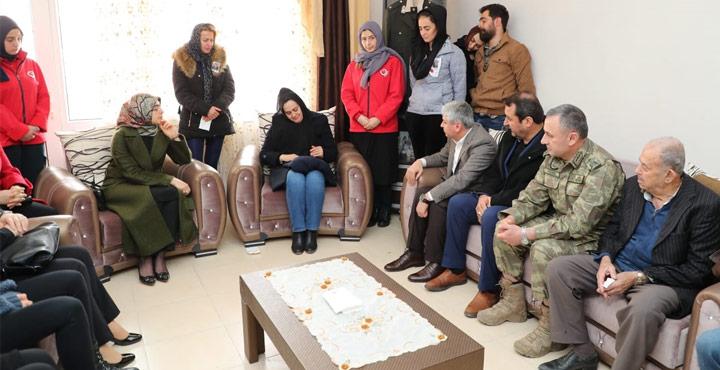 Vali Doğan'dan İdlip Şehidi Teğmen'in ailesine taziye ziyareti