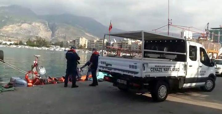 Gürcistanlı kaptanın cesedi denizde bulundu