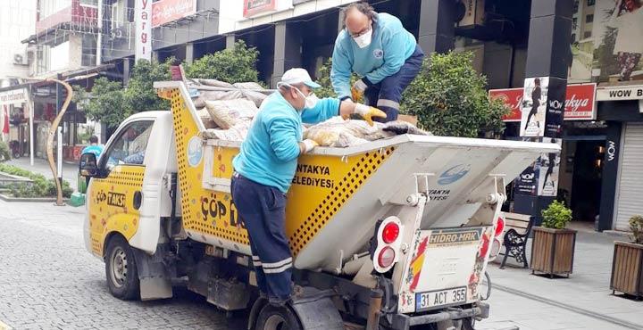 """Antakya sokaklarına """"Çöp taksi"""" ile hızlı çözüm"""