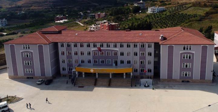 Türkiye'de ilk solunum cihazı üreten okul Hatay'dan