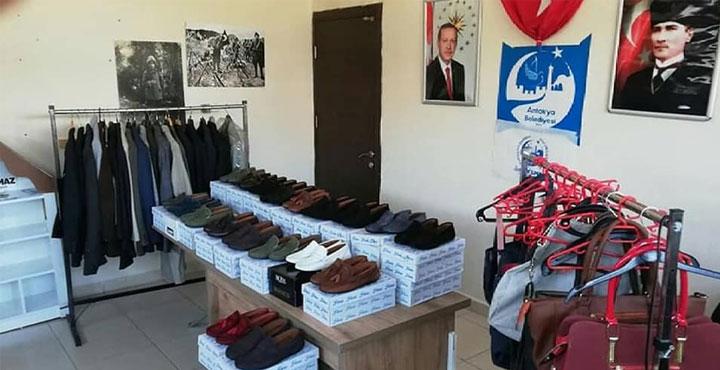 İhtiyaç Sahibi Vatandaşlara Bayramlık Giysi Yardımı