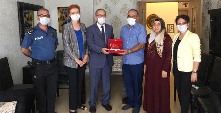 İl Emniyet Müdürü Yavuz'dan 15 Temmuz Şehit Ailelerine Ziyaret