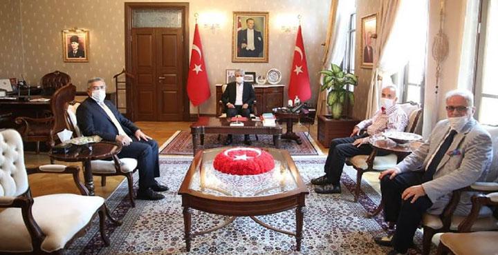 Vali Doğan, Milletvekili Yayman ile Gazeteci Yavuz Donat'ı kabul etti