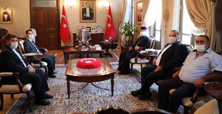 Ermeni Patriği Maşlyan'dan Vali Doğan'a ziyaret