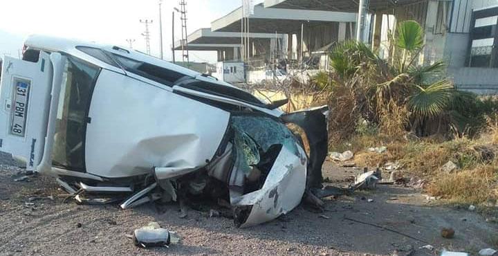 İki Araç Kafa Kafaya Çarpıştı; 1 Ölü, 1 Yaralı