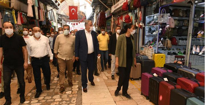 """Başkan Yılmaz'dan Müjde; """"Uzun Çarşı Restorasyon Projesi Başlıyor"""""""