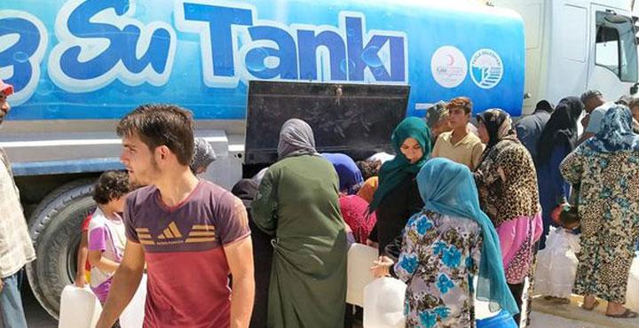 Suriye'deki kamplara Ayda 300 Ton İçme Suyu Gönderiliyor