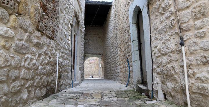 Tarihi Antakya sokaklarında restorasyon çalışması
