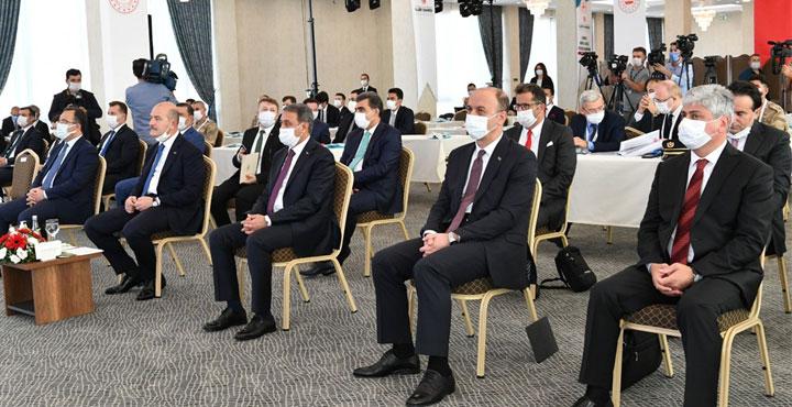 Vali Doğan Suriye Görev Gücü Değerlendirme Çalıştayına katıldı