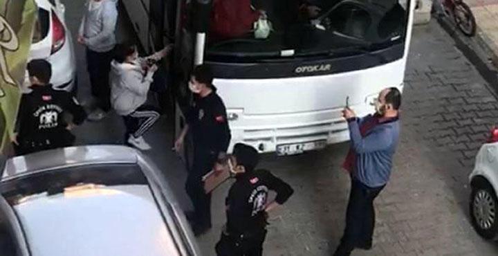 Masaj salonlarına polis baskını; 22 gözaltı