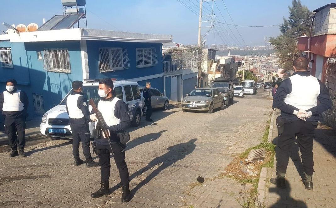 14 adrese eş zamanlı Uyuşturucu Operasyonu; 4 Şüpheli Yakalandı