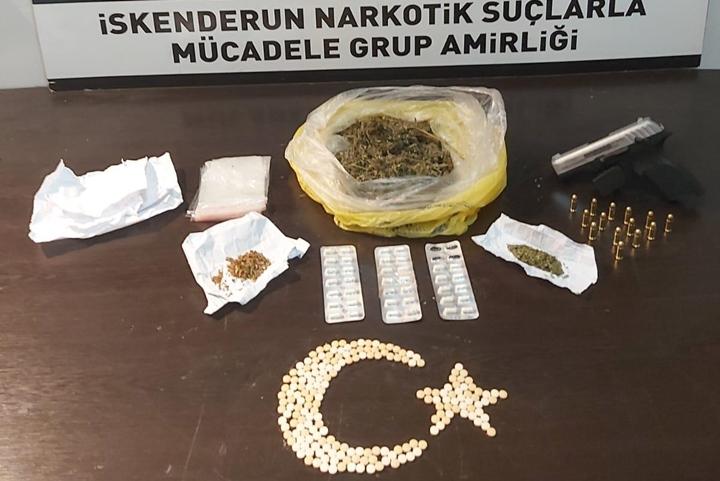 Evinde Uyuşturucu Maddeler ile Yakalanan Şahıs Gözaltına Alındı