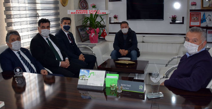 Başkan Yavuz'dan gazetecilere ziyaret