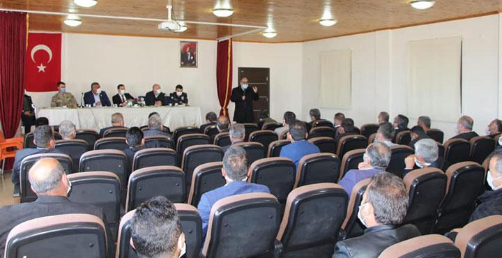 Hassa'da 39 Mahalle Muhtarının Katılımıyla Bilgilendirme Toplantısı
