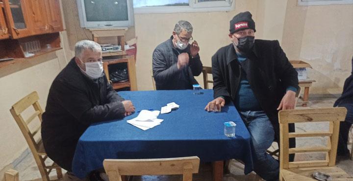 (Videolu) Pandemi Yasağında Kumar Oynatan Kahvehaneye Düzenlenen Baskında 15 Kişiye 47.250 TL Ceza Yazıldı