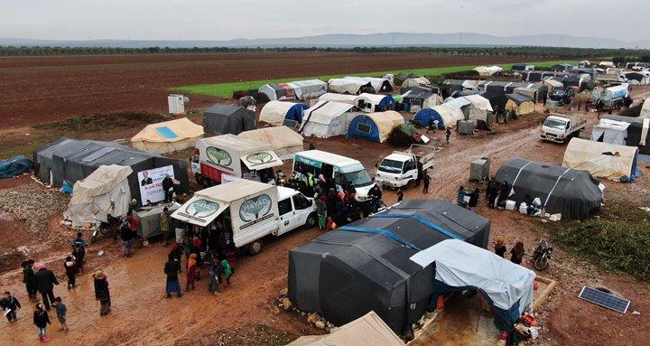 İhtiyaç sahibi ailelere gıda kolisi, kıyafet ve süt yardımı yapıldı