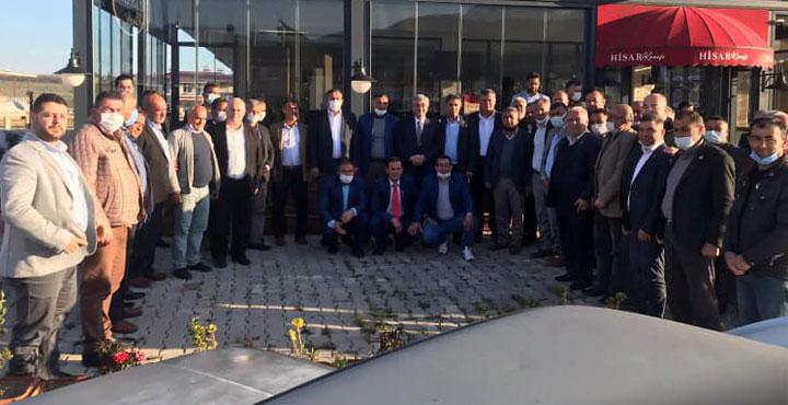 Başkan Parlar Hassa'da Muhtarları Dinledi