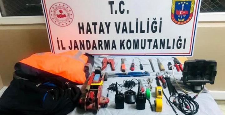 Kiraladıkları Araçla Hırsızlık Yapan 2 kişi Tutuklandı