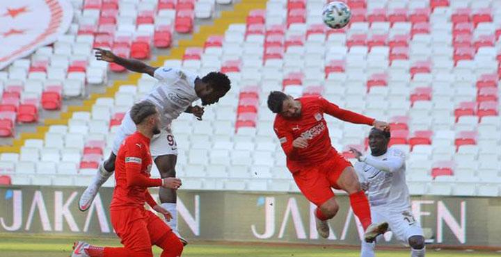 Atakaş Hatayspor Sivaspor Deplasmanından 1 Puanla Dönüyor